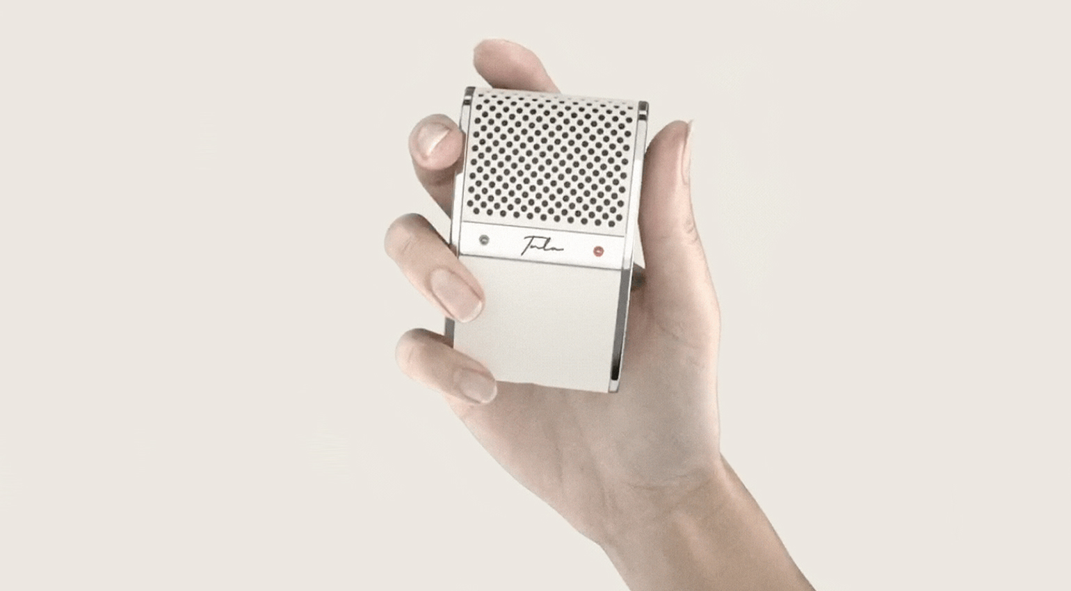 Tula Mic is a portable microphone that offers 12 hours of continuous recording